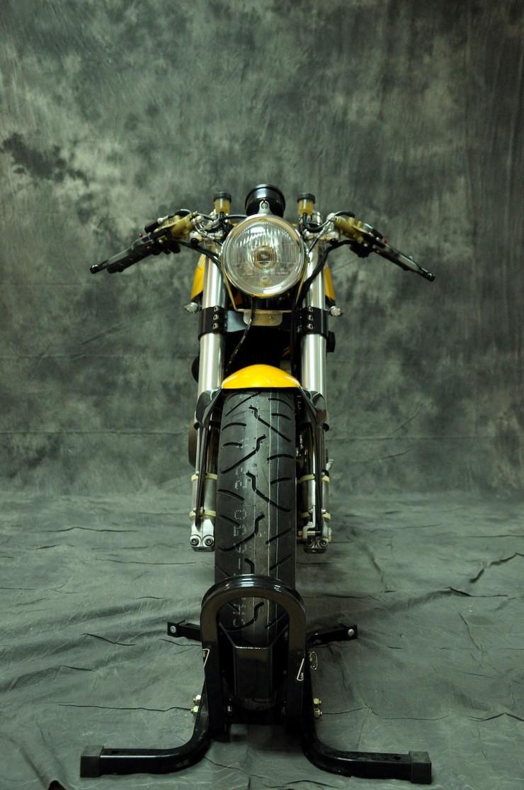 Ducati 750 SS 12