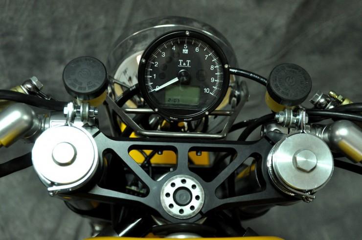 Ducati 750 SS 23