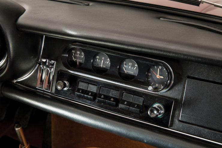 Ferrari-275-Car-15