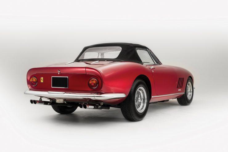 Ferrari-275-Car-26