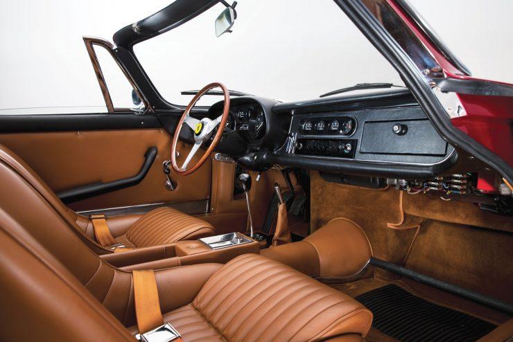 Ferrari-275-Car-4