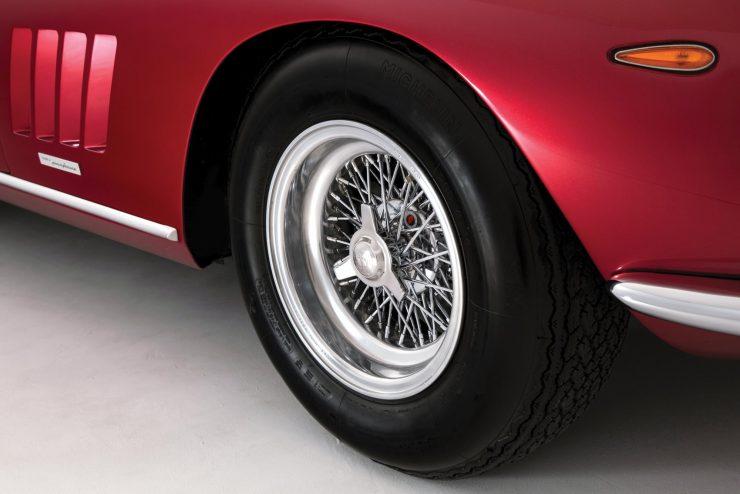 Ferrari-275-Car-8