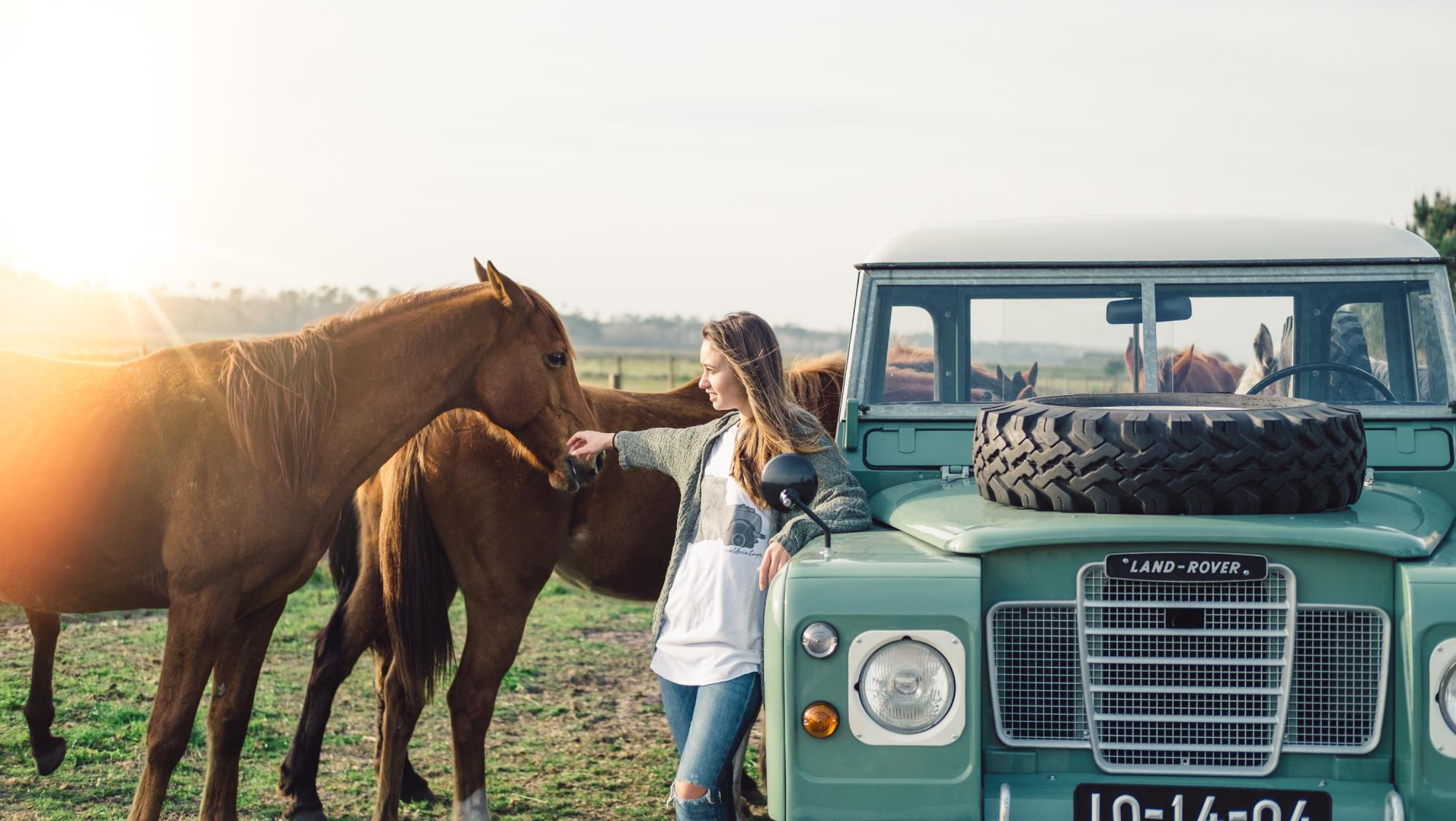 old land rovers with girls free download  u2022 playapk co