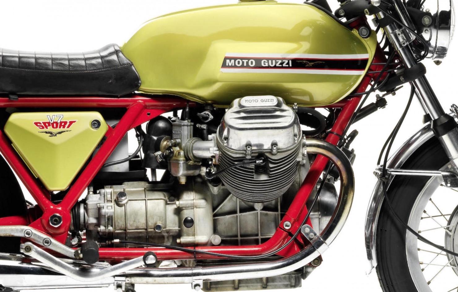 Moto Guzzi V7 Sport 3