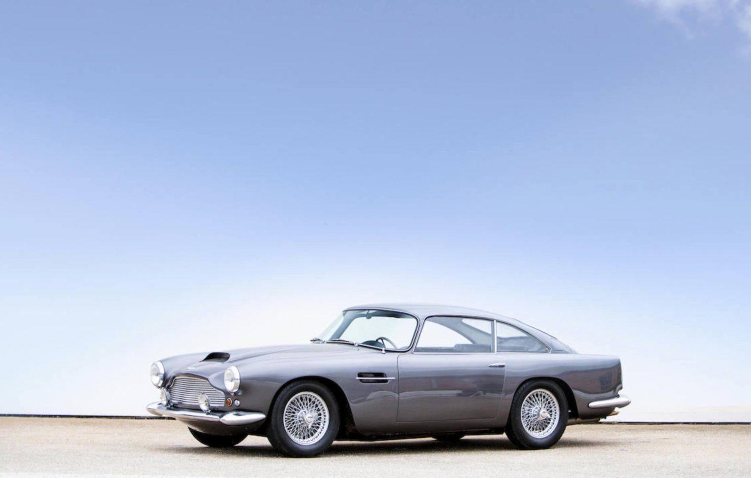 Aston Martin Db X