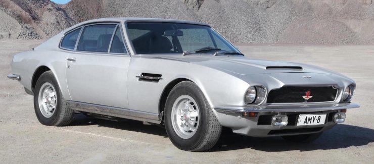 Aston Martin V8 1