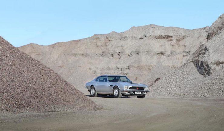 Aston Martin V8 2