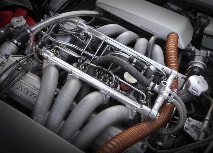 Aston Martin V8 3