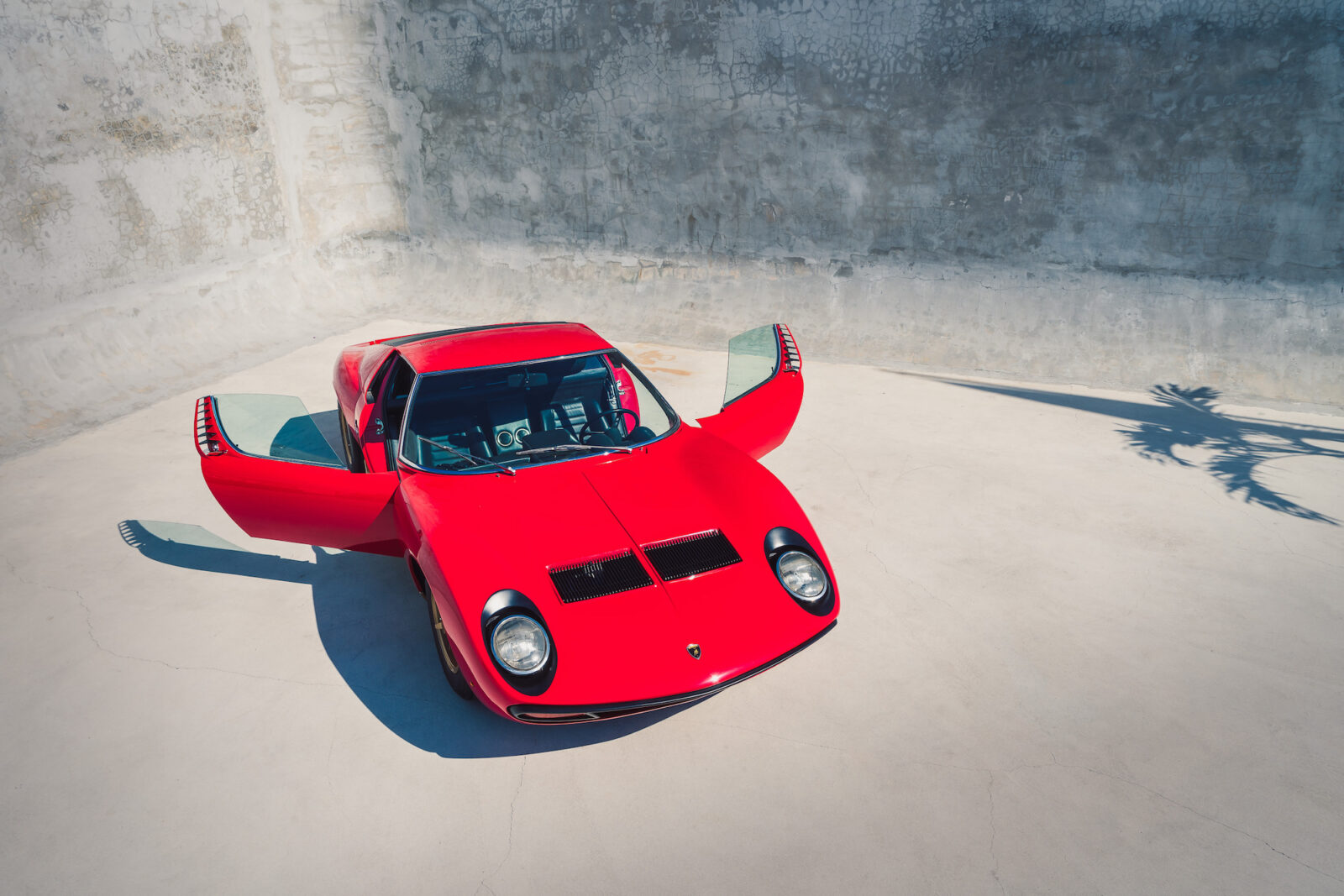 Lamborghini Miura SV 2 1600x1067 - 1972 Lamborghini Miura SV