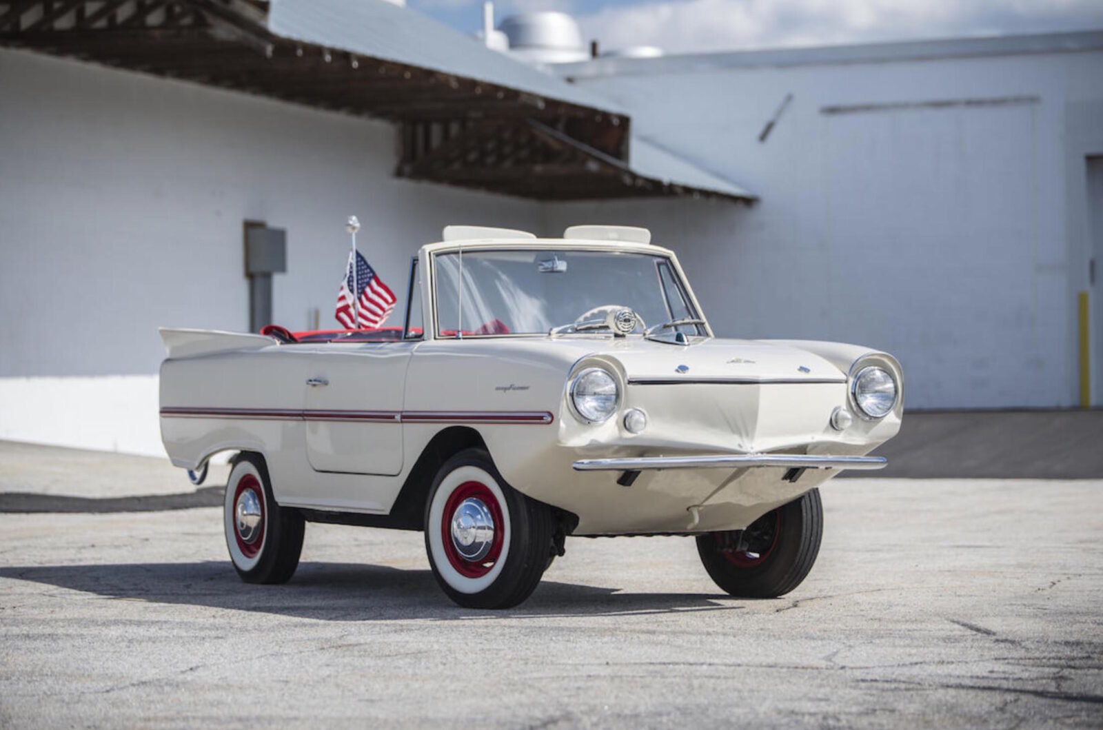 Amphicar Model 770 Amphibious Car 1600x1059