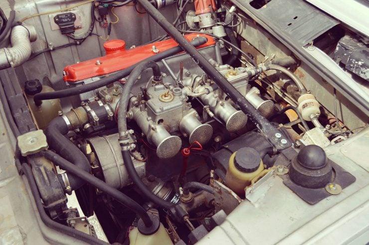 BMW-2002-Tii-14