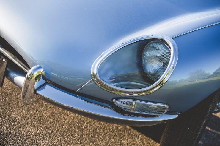 Jaguar E-Type Roadster 1