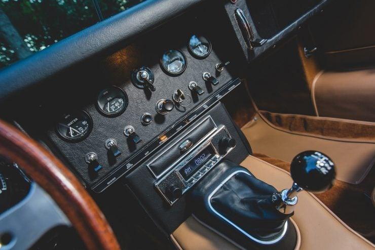 Jaguar E-Type Roadster 3