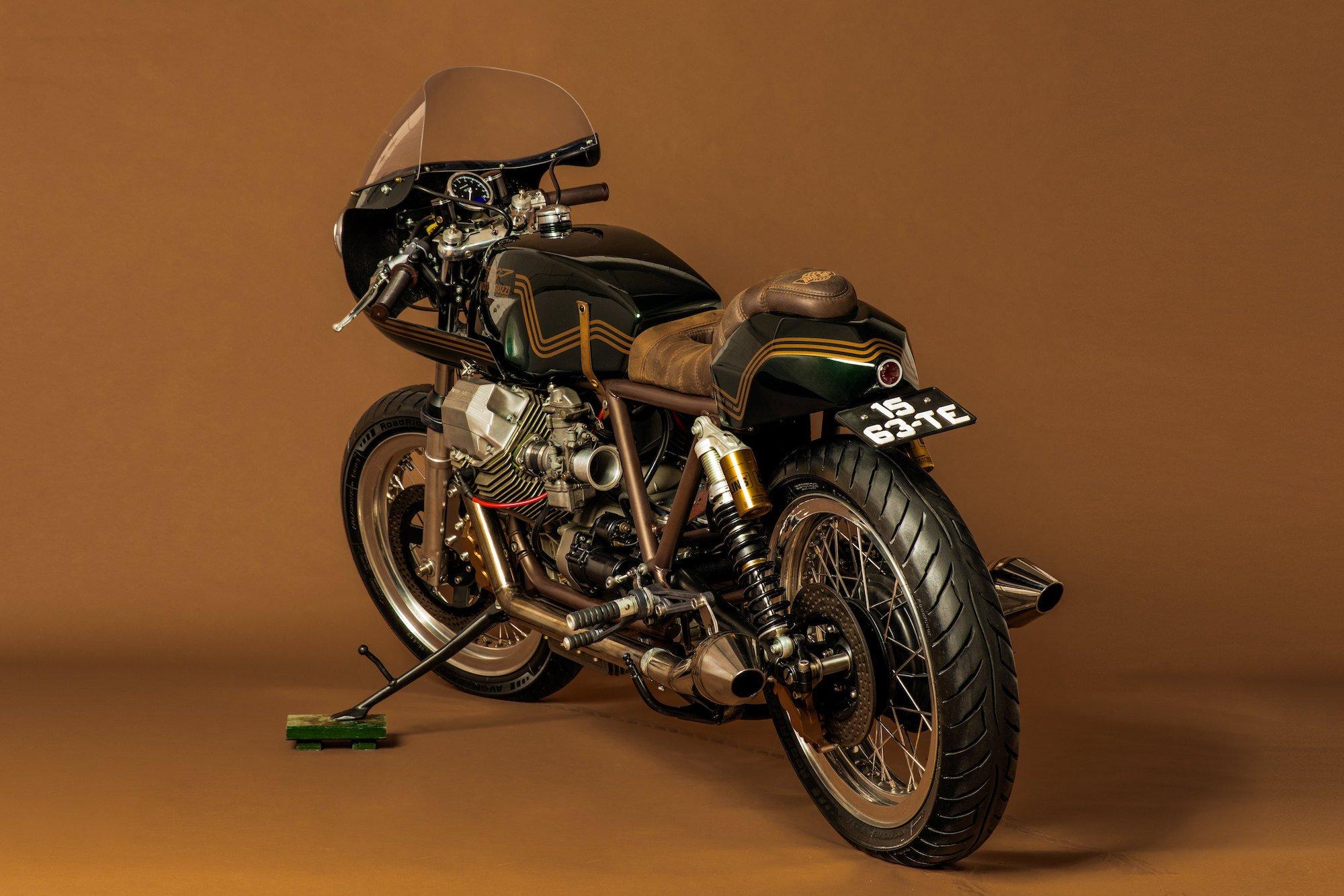 ton up garage moto guzzi le mans 1000. Black Bedroom Furniture Sets. Home Design Ideas