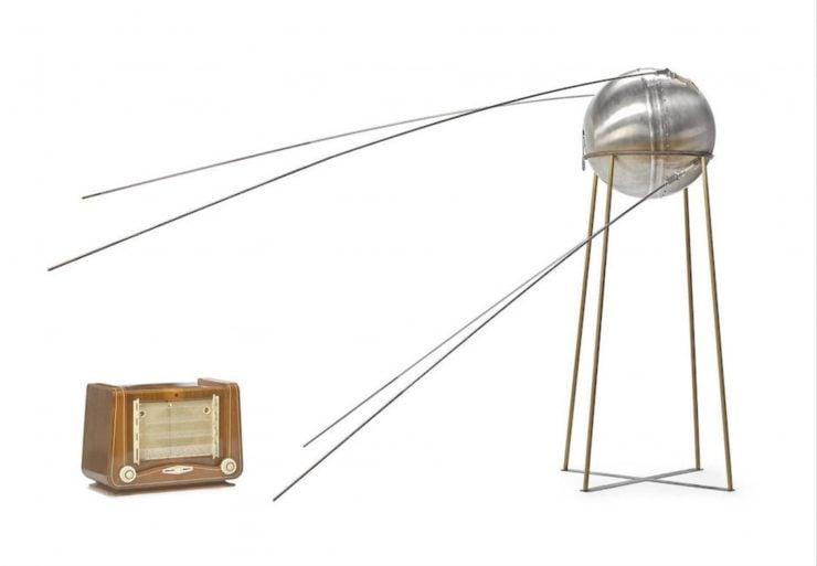 Sputnik-1 satellite model