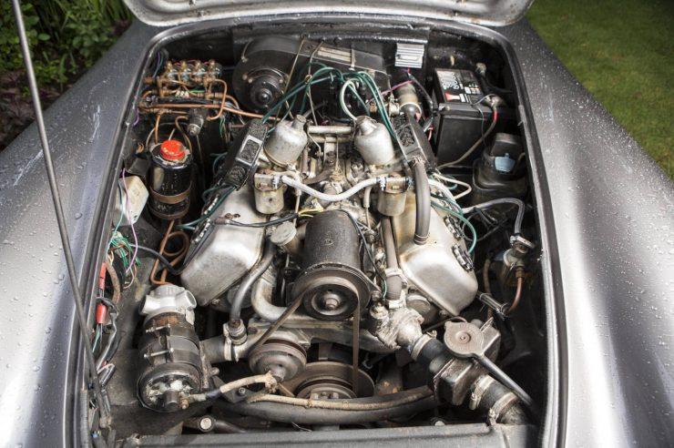 Daimler SP250 6