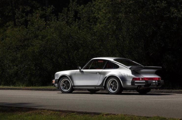 Porsche 930 1