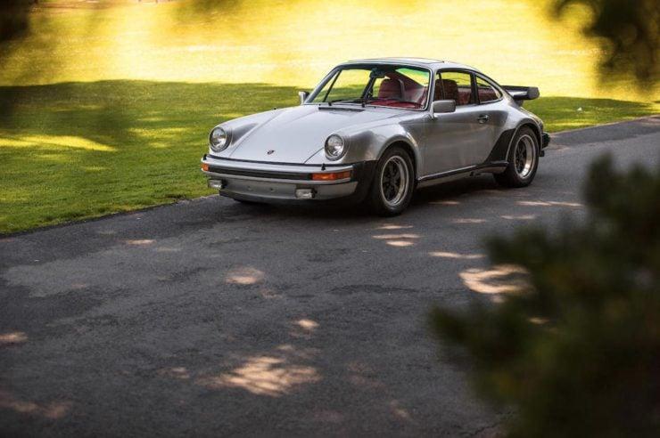 Porsche 930 16
