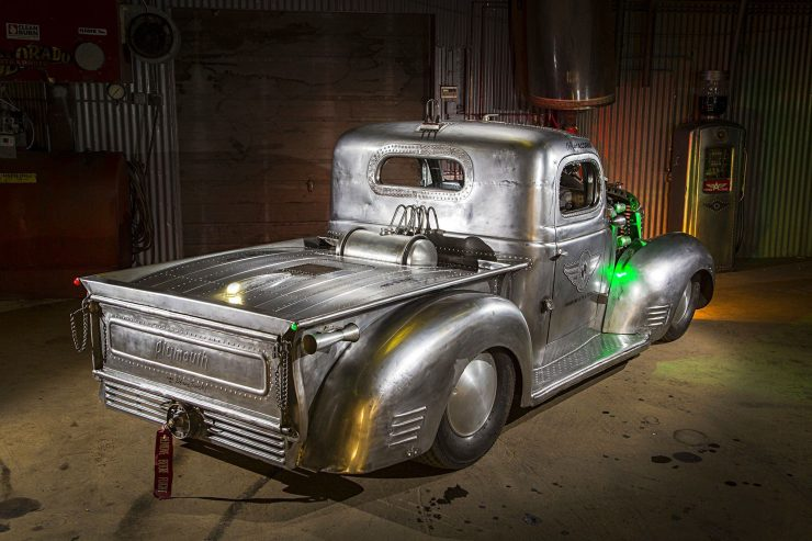 Radial-Engined-Plymouth-Truck-32