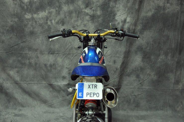 Yamaha SR250 13
