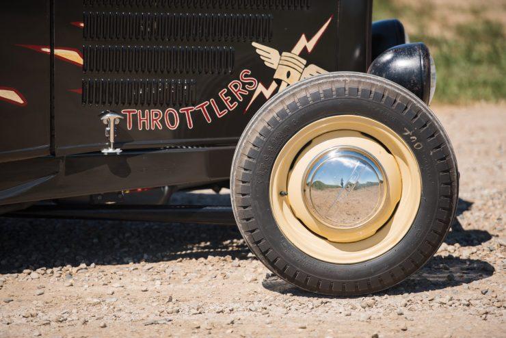 1932-Ford-Hi-Boy-Roadster-1