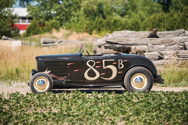 1932-Ford-Hi-Boy-Roadster-3