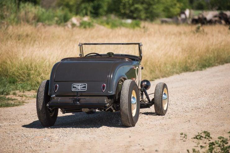 1932-Ford-Hi-Boy-Roadster-9