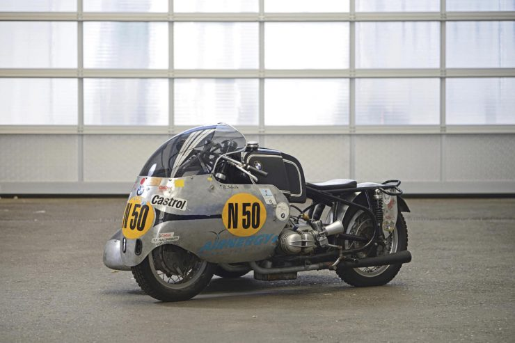 BMW Racing Kneeler Motorcycle 2