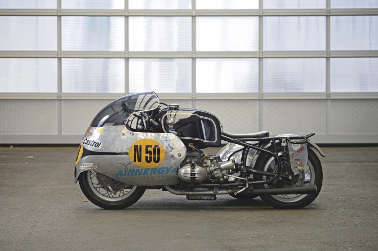 BMW Racing Kneeler Motorcycle 3