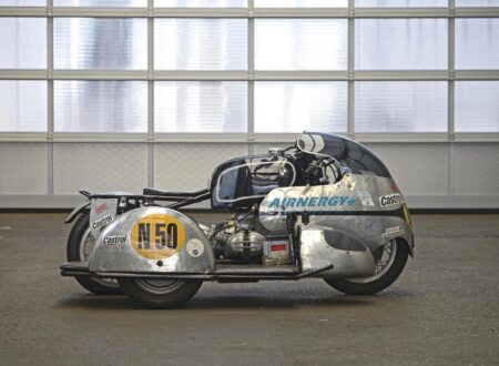 BMW Racing Kneeler Motorcycle