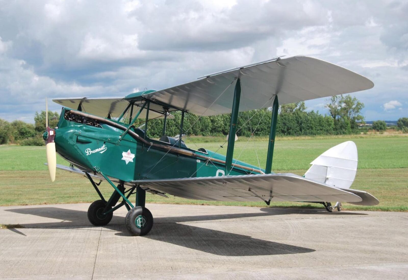 De Havilland Gipsy Moth 1600x1096 - 1933 De Havilland Gipsy Moth