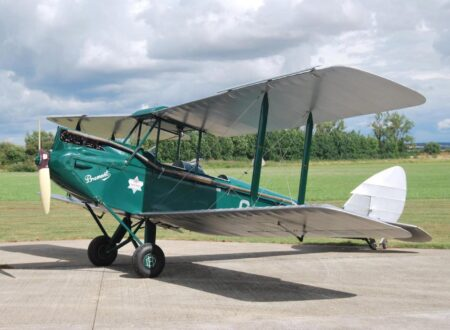 De Havilland Gipsy Moth 450x330 - 1933 De Havilland Gipsy Moth