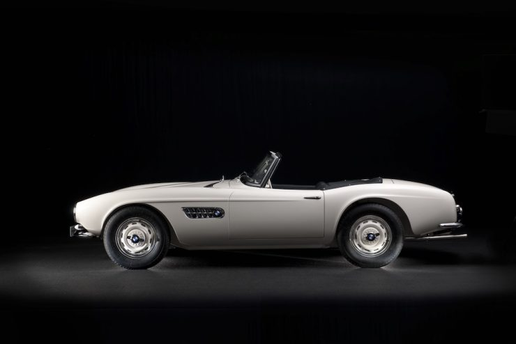 Elvis-Presley-BMW-507-21