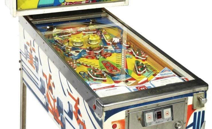 Grand Prix pinball machine 2