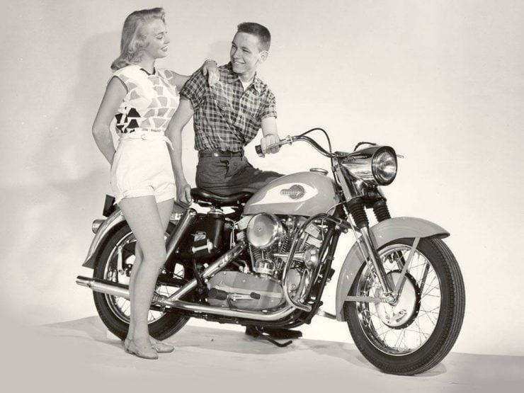 Harley-Davidson_Sportster_History_07_1024x768