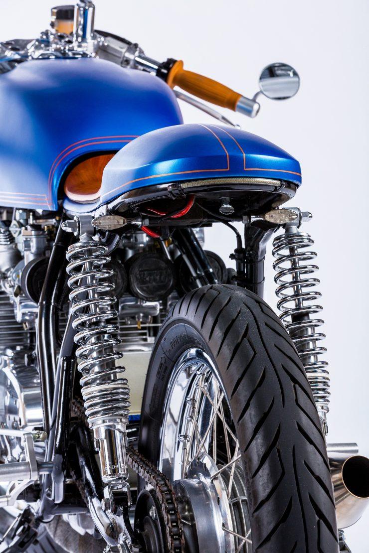 Honda CB550 Motorcycle 6