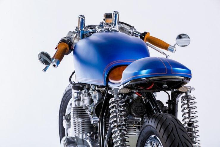 Honda CB550 Motorcycle 7
