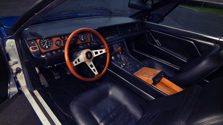 Lamborghini Jarama 3