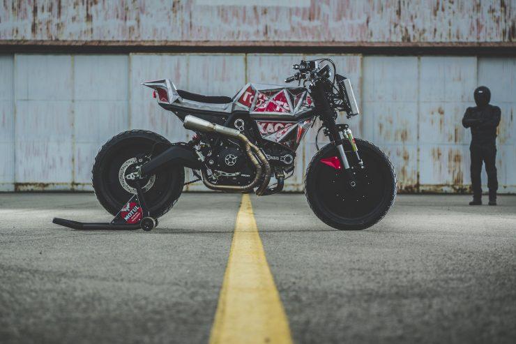 Vibrazioni Art Design Ducati Monster 800 10