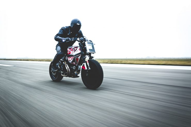 Vibrazioni Art Design Ducati Monster 800 16