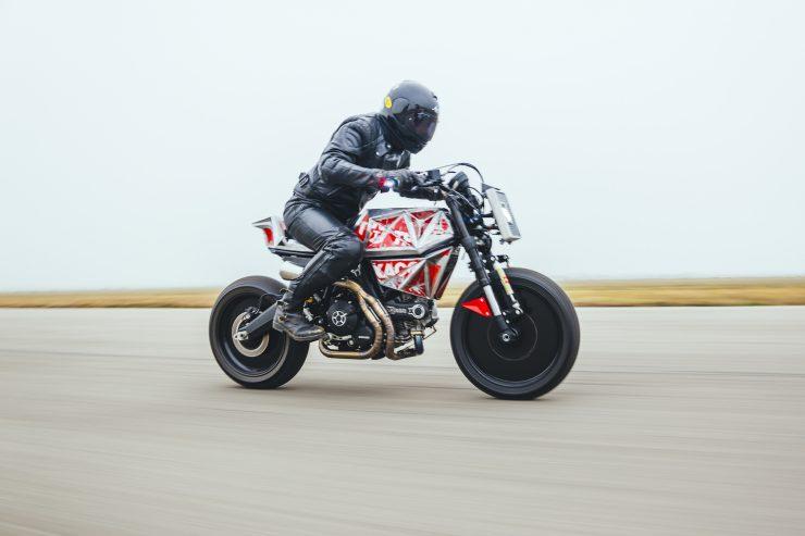 Vibrazioni Art Design Ducati Monster 800 17