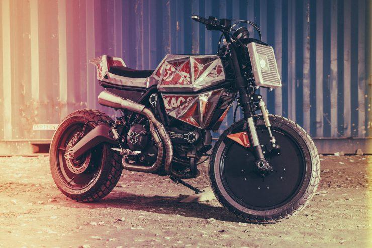 Vibrazioni Art Design Ducati Monster 800 4
