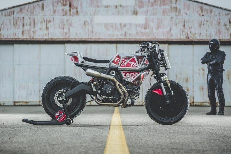 Vibrazioni Art Design Ducati Monster 800 9