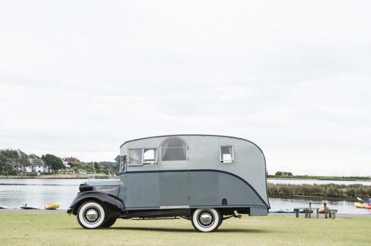 1936 Pontiac Six 4.0-Litre Motorhome 12