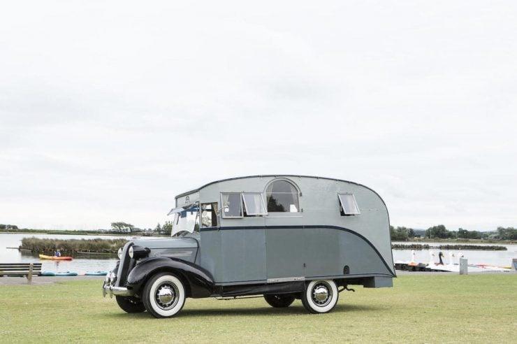 1936 Pontiac Six 4.0-Litre Motorhome 13