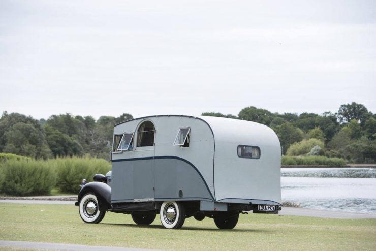 1936 Pontiac Six 4.0-Litre Motorhome 16