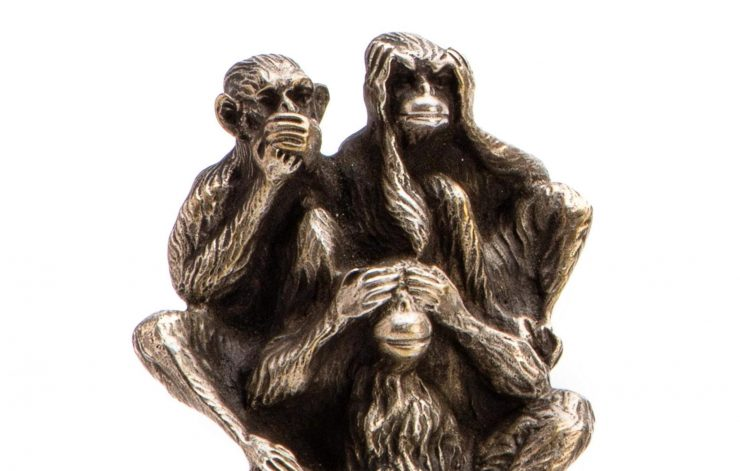 three-wise-monkeys-radiator-mascot-1