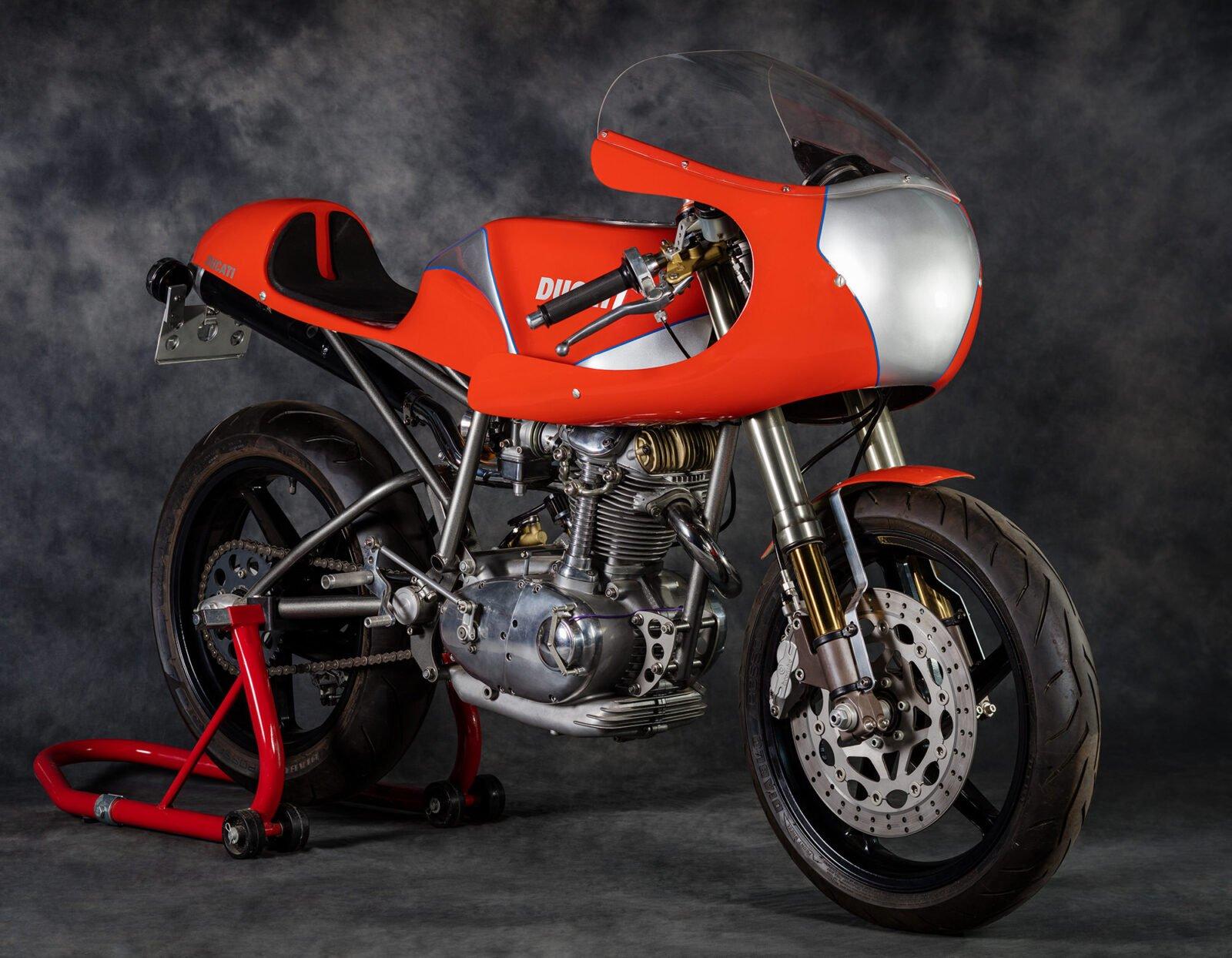 Ducati Condor 1 1600x1244 - Ducati Condor Racer by BevelTech