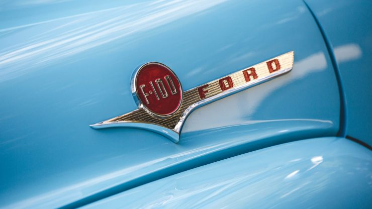f100-ford-panel-truck-9