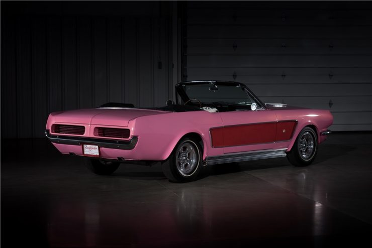 ford-mustangs-of-sonny-and-cher-3